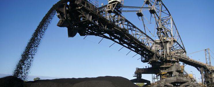 Fils métalliques de section triangulaires pour l'industrie minière et minerais